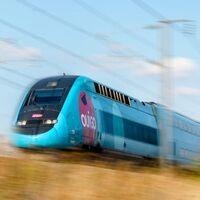 Ouigo romperá el monopolio de Renfe y el AVE: el nuevo tren de alta velocidad llega con dos pisos, hasta 300 km/h y promete billetes un 50% más baratos