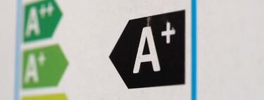 Por qué los coches se clasifican con la etiqueta DGT y la etiqueta IDAE