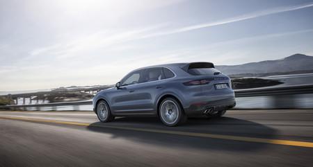 La tercera generación del Porsche Cayenne ya está aquí y es más tecnológico, ligero y ágil que antes