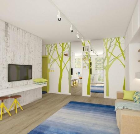 Optimizando el aprovechamiento del espacio en un pequeño apartamento lleno de detalles de color