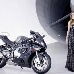 Foto 2 de 8 de la galería la-bmw-s1000rr-y-leslie-porterfiel en Motorpasion Moto