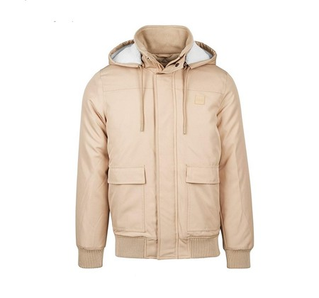 Más barata imposible: chaqueta Urban Classics Heavy Hooded Jacket en beige por 20,95 euros en Amazon