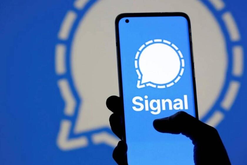 Signal lleva ya varios días sufriendo una avalancha de nuevas altas en su servicio merced a las nuevas condiciones de WhatsApp, pese a que estos últimos han aplazado su entrada hasta el mes de mayo. La propia Signal hace...