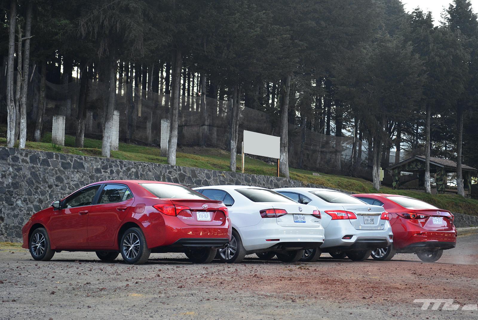 Foto de Comparativa: Mazda3 vs. Nissan Sentra vs. Toyota Corolla vs. Volkswagen Jetta (7/60)