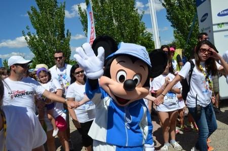 La Disney Magic Run para familias reune a más de 6.000 personas en el parque Juan Carlos I de Madrid