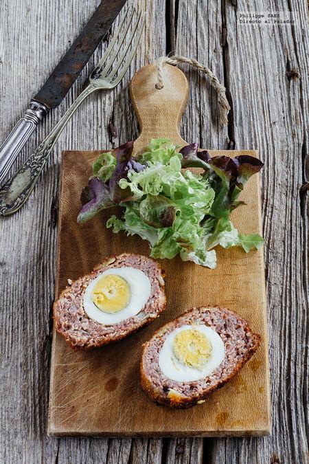 Cómo hacer huevos a la escocesa, una receta de inspiración británica