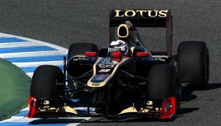 Kimi Raikkonen marca el paso en el primer día en Jerez