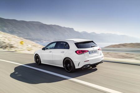 Ojo si tienes un Mercedes-Benz Clase A: 25.000 coches vendidos en España tienen un fallo en la transmisión, con riesgo de incendio
