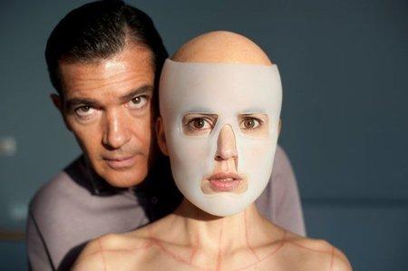 'La piel que habito' de Pedro Almodóvar, primera imagen y nueva fecha del estreno