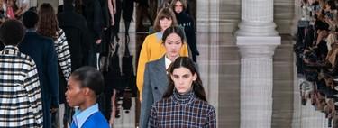 Victoria Beckham otoño-invierno 2020/2021: un uniforme de trabajo que copiaremos con los ojos cerrados