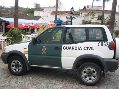 El estado 'ruinoso' de algunos coches de la Guardia Civil