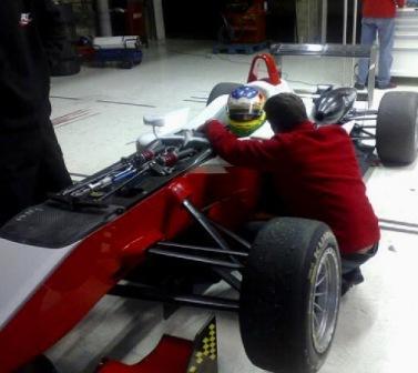 Roberto Merhi, apuntando a la Fórmula 1