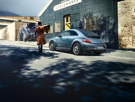 Volkswagen New Beetle 2016000