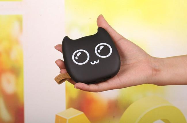 Batería con forma de gatito