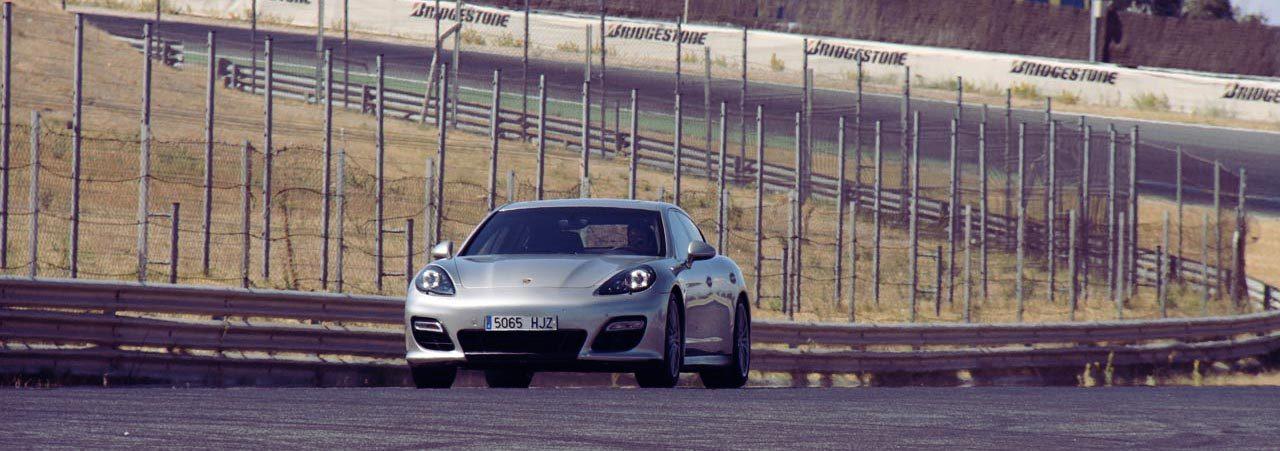 Foto de Porsche Panamera GTS (Prueba) (67/135)