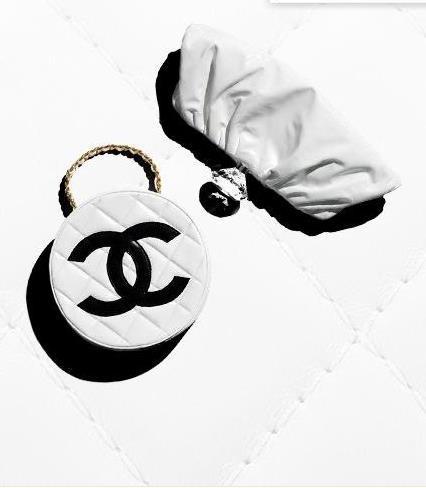 Los artistas colaboradores del Chanel Mobile Art