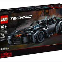 LEGO revela al nuevo Batimovil con el lanzamiento de este set conformado por 1,360 piezas