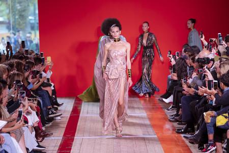 Elie Saab nos hace soñar una vez más con su impresionante colección Primavera-Verano 2020 de lujo