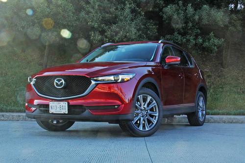 Mazda CX-5 Signature 2019, a prueba: no es un premium, pero está cerca de lograrlo (+video)