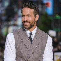 Ryan Reynolds revive el tejido de Príncipe de Gales en su más reciente look de alfombra roja