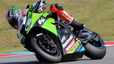Tom Sykes renueva con el equipo Kawasaki Racing
