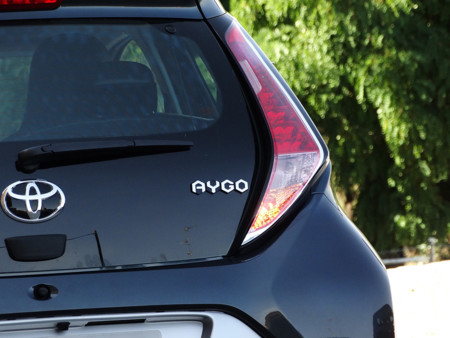 Logo Prueba Toyota Aygo Detalles Exteriores