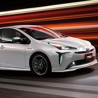 """Enchúlame el Prius: en Japón, Toyota y Modelista ofrecen kits de carrocería para """"tunear"""" al Prius"""