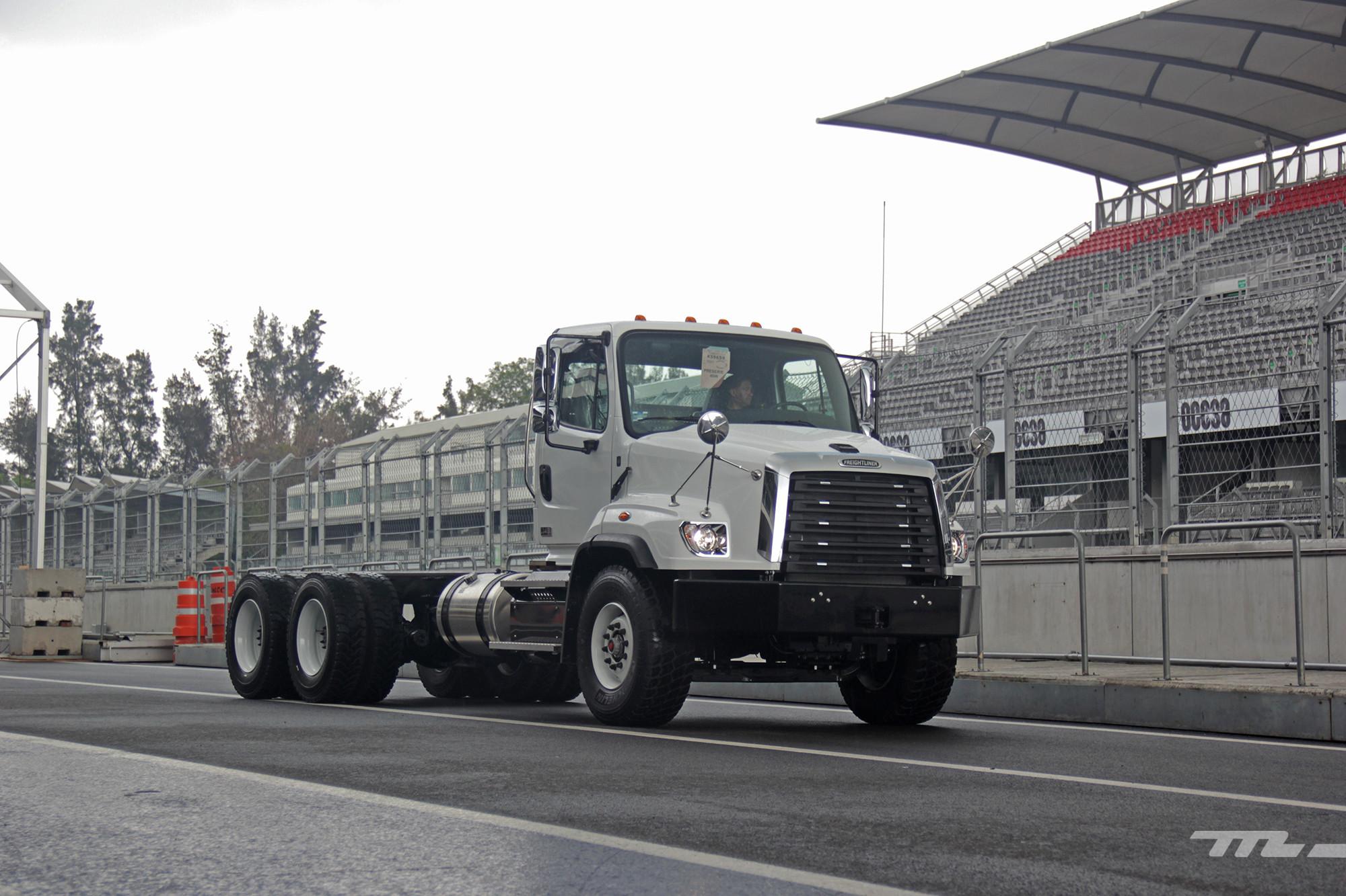 Foto de Freightliner México (12/15)