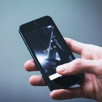 Uber cobrará a los usuarios cuando hagan esperar a sus conductores