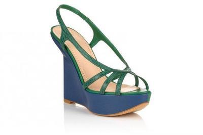 Las sandalias con plataforma de cuña de Bally para esta Primavera/Verano 2011, tendencia en calzado