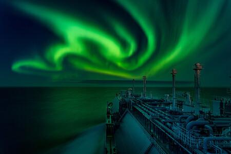 Polar Lights Dance - Dmitrii Rybalka, Astronomy Photographer Of The Year 2021 - RMG