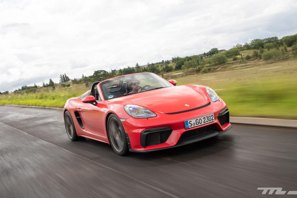 Probamos el Porsche 718 Spyder, posiblemente el mejor Porsche descapotable del momento