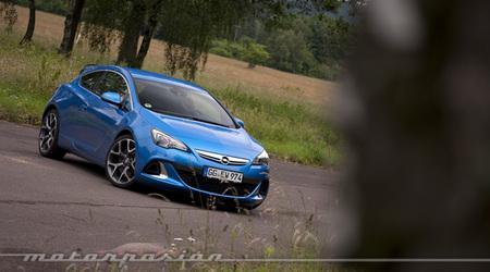 Opel Astra OPC, presentación y prueba en Pferdsfeld (parte 1)