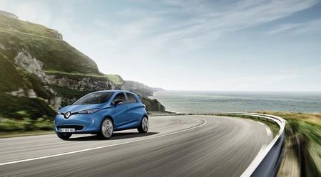 ¿Y si Nissan estuviera buscando un hermano japonés para el Renault ZOE?