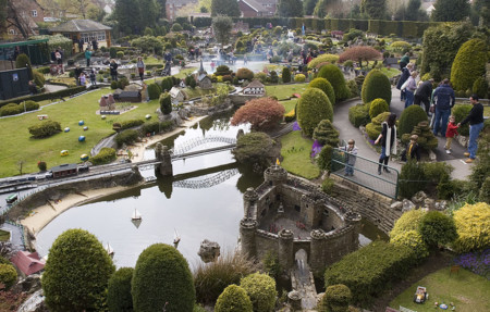 El pueblo en miniatura más antiguo de Reino Unido tiene 16 kilómetros de ferrocarril