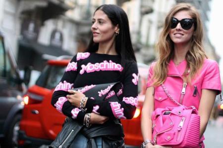 Street Style en Milán: las chicas de moda adoran Moschino