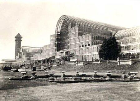 El tecnológico Palacio de Cristal de 1851 y las extrañas maravillas que albergaba