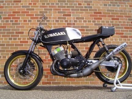 Kawasaki KH750 2 Stroke Triple Cafe Racer