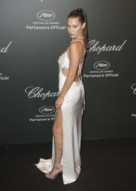 Looks Alfombra Roja Vestidos Sexys Bella Hadid Modelo Celebrity 3