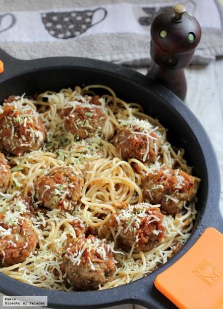 Receta americana de espaguetis con albóndigas