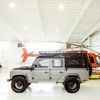 Land Rover Defender 110 by Osprey Custom Cars, el legendario todoterreno regresa a la vida con look restomod