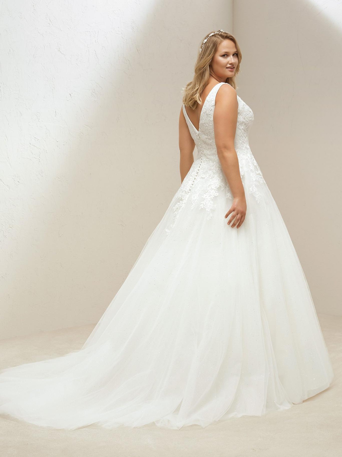 682bb0df0 Estas son las marcas donde encontrar vestidos de novia de tallas grandes