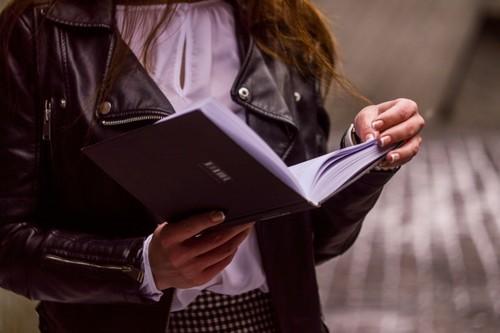 «El olor de las almendras amargas...» y los otros 30 mejores comienzos de novelas de la historia de la literatura