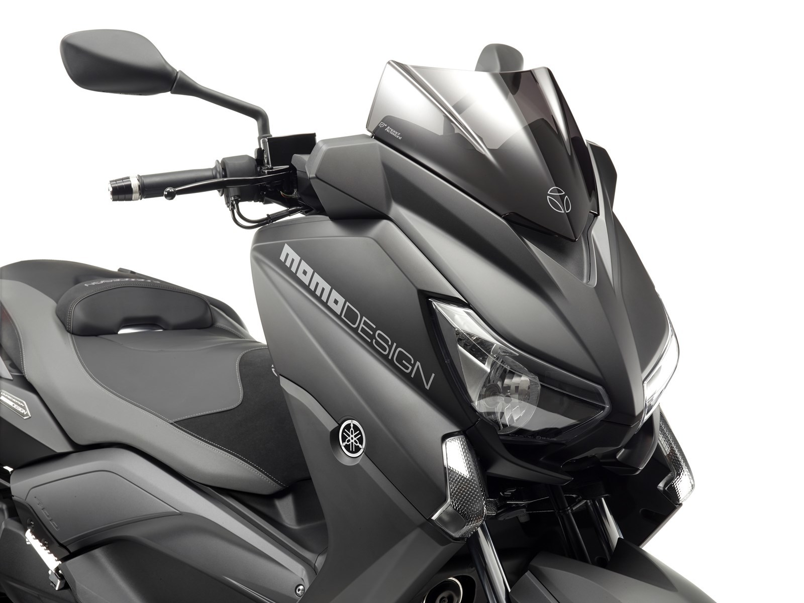 Foto de Yamaha X-MAX 400 MOMODESIGN, estudio y detalles (26/33)