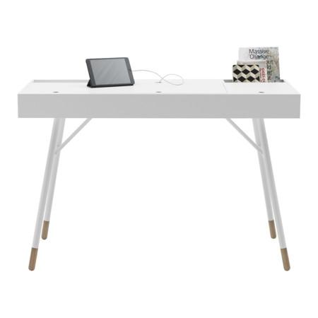 mesa de trabajo con altavoces
