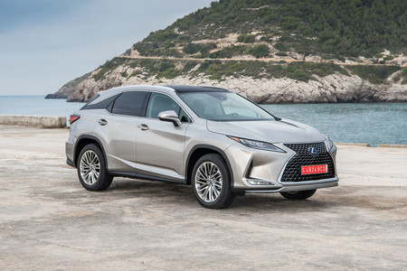 Lexus RX450h 2020 frontal lateral