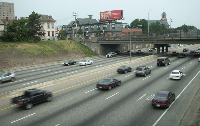 trafico-en-la-autopista.jpg
