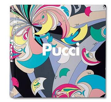 Foto de Pucci en un libro de lujo (1/13)