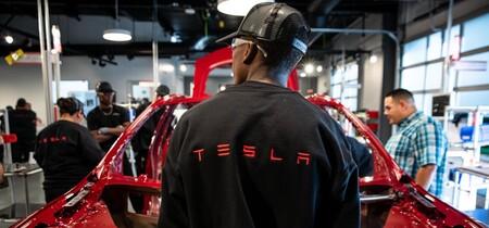 Tesla pagará 137 millones de dólares a un ex empleado que sufrió acoso y discriminación al interior de la empresa