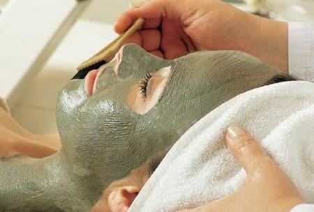 Cómo afinar una piel con los poros abiertos